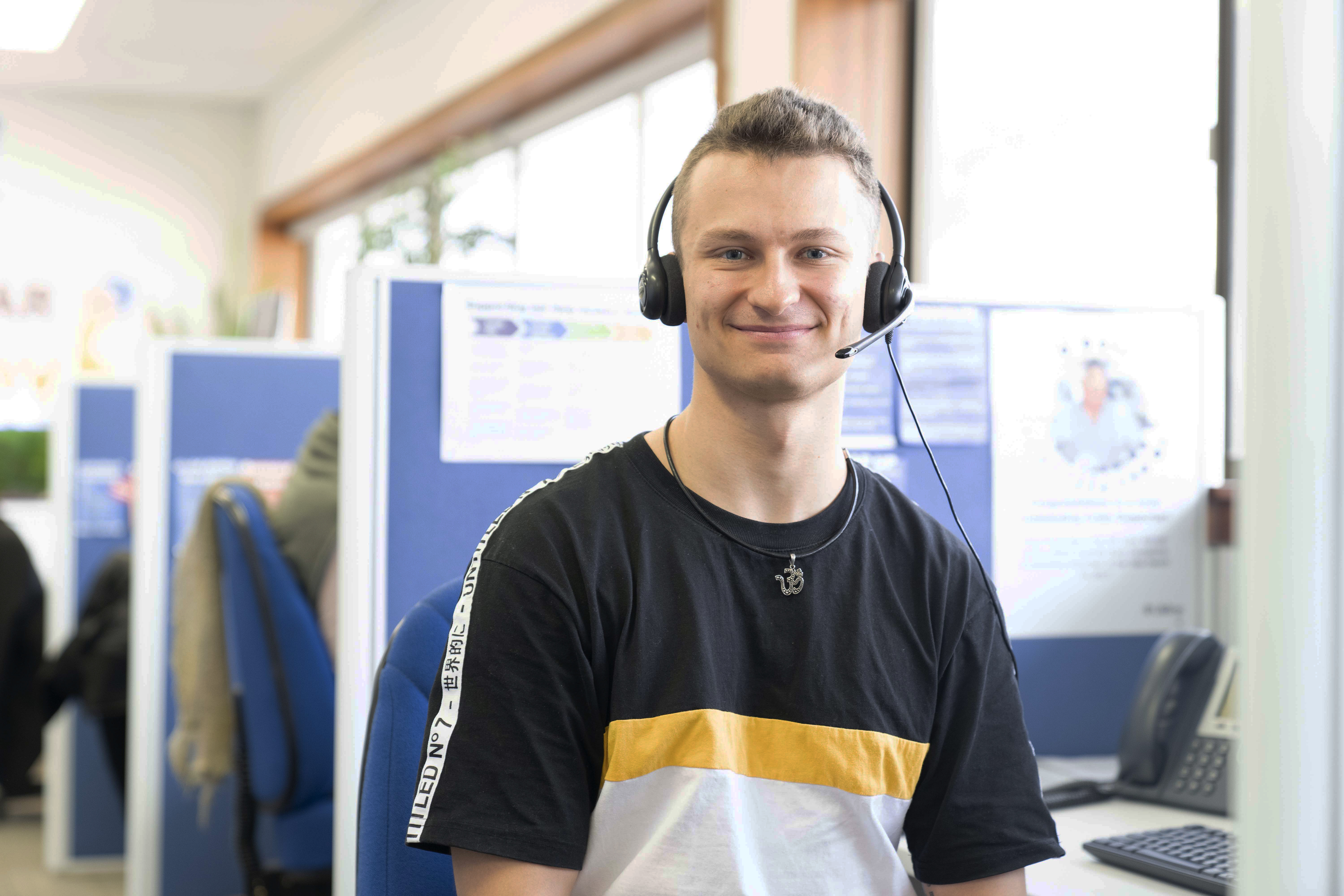 Lifeline WA answers record number of calls for help teaser